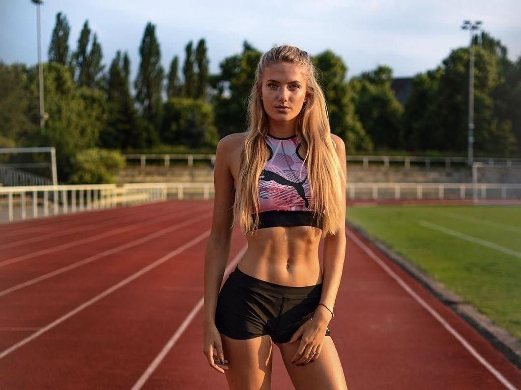 Gaya Memesona Alica, Pelari Cantik yang Disebut Atlet Terseksi di Dunia