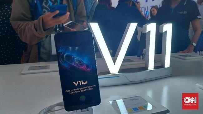 Vivo V11 Pro Tempatkan Pemindai Sidik Jari di Layar