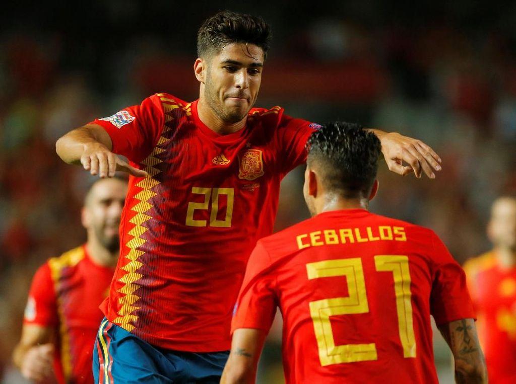Dalam pertandingan yang digelar di Estadio Manuel Valero, Rabu (12/9/2018) dinihari WIB, Spanyol memetik kemenangan dengan skor akhir 6-0. Marco Asensio menjadi penampil terbaik dalam laga itu. (Foto: Heino Kalis/Reuters)