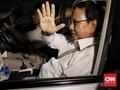 Sandiaga Cium Tangan SBY di Hadapan Prabowo