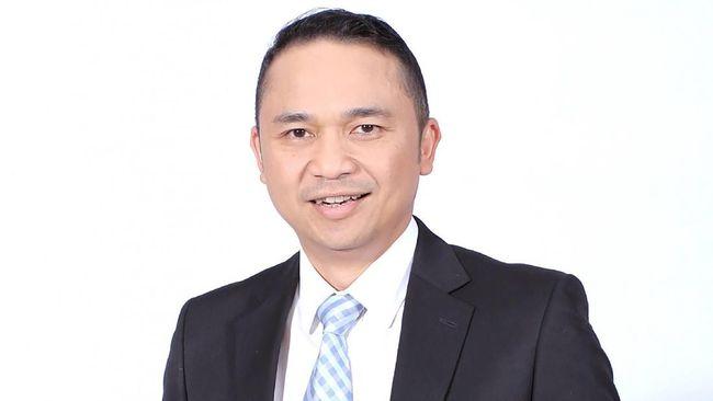 Ari Askhara, Dari Pelindo III Terbang ke Garuda Indonesia