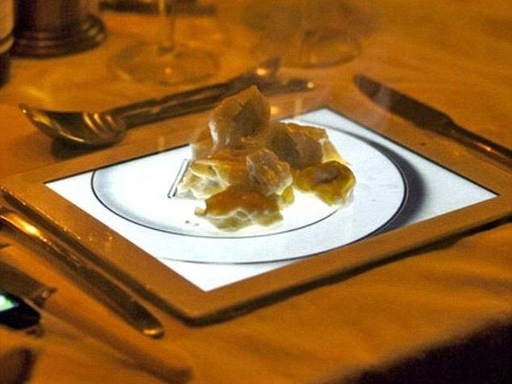 Resto ini pasti bukan hanya mewah tapi menerapkan teknologi canggih. Makanan disajikan langsung di atas iPads. Keren! Foto: Istimewa
