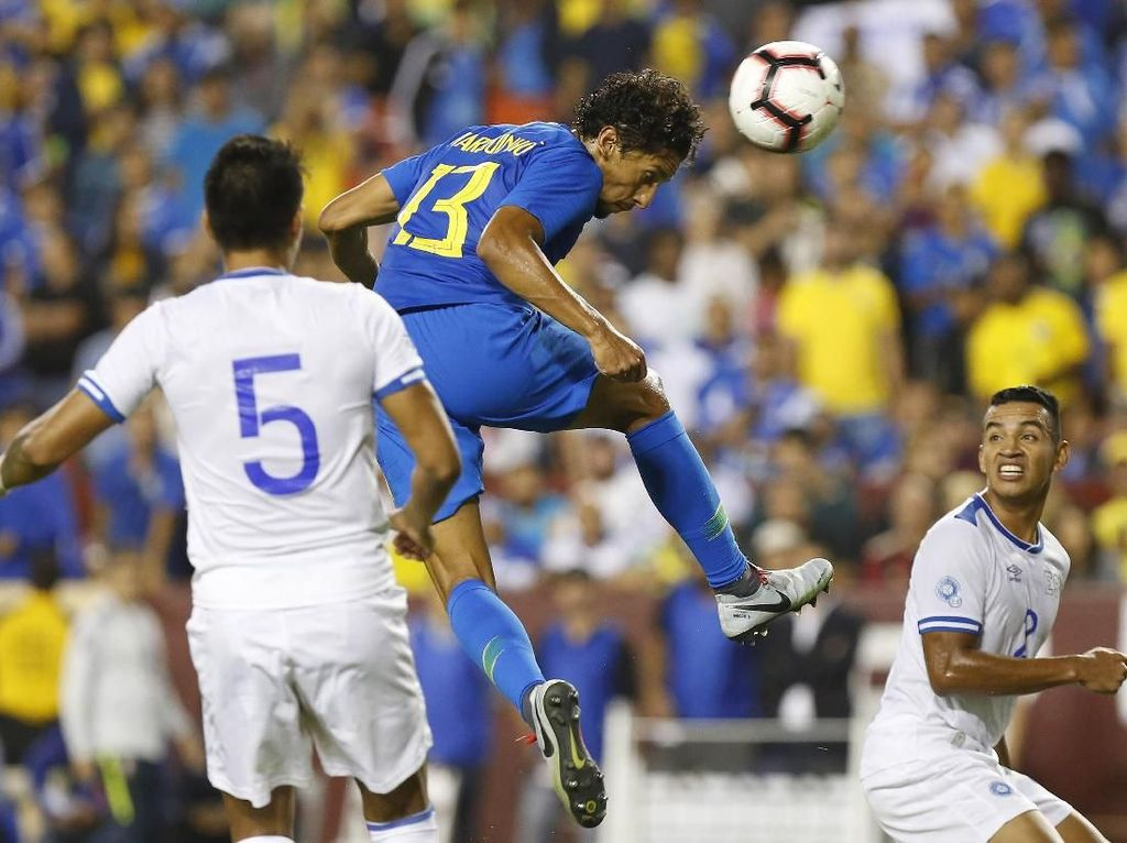 Dalam pertandingan ini, Brasil mampu menguasai pertandingan dengan 63 persen ball possession. Geoff Burke/ USA Today Sports/Reuters.