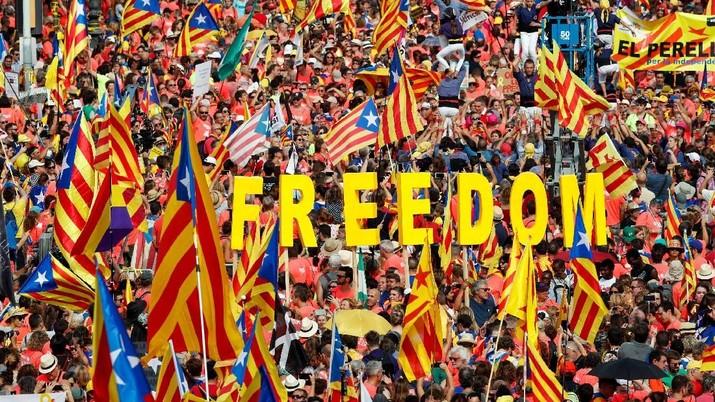 Aksi ini digelar nyaris setahun berlalu sejak usaha terakhir mereka untuk melepaskan diri dari Spanyol gagal.