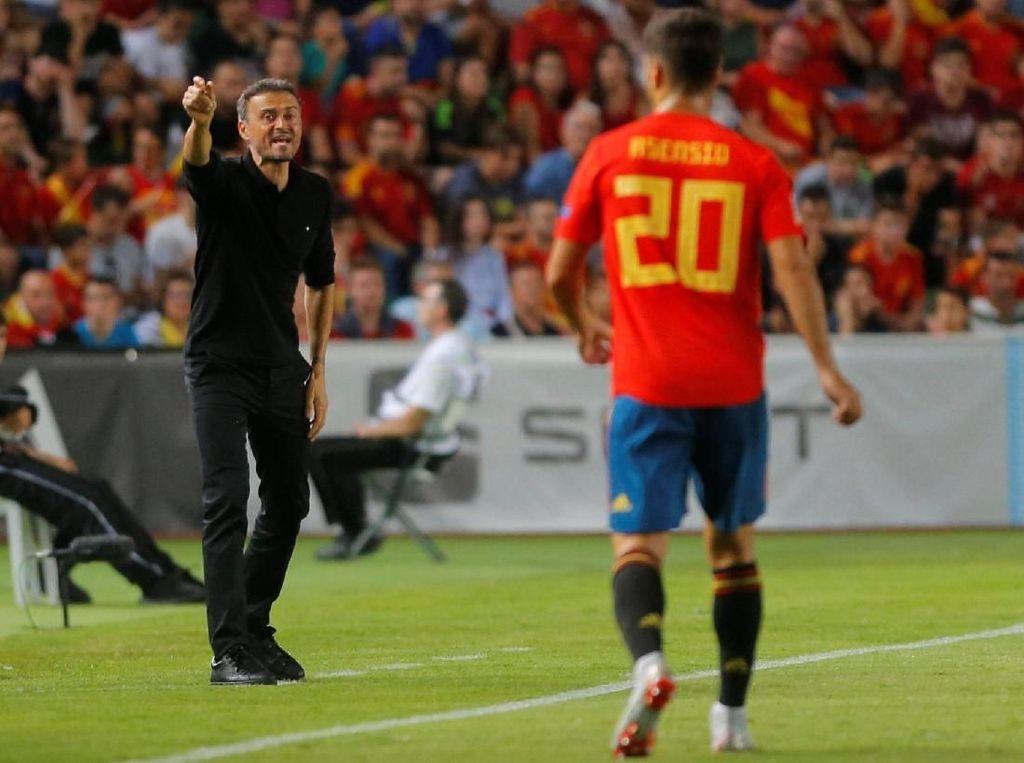 Luis Enrique pun membukukan kemenangan kedua beruntun dengan hasil melawan Kroasia itu. (Foto: Heino Kalis/Reuters)