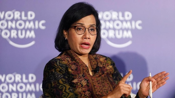 Indonesia's Finance Minister Sri Mulyani Indrawati attends the World Economic Forum on ASEAN at the Convention Center in Hanoi, Vietnam September 12, 2018. REUTERS/Kham