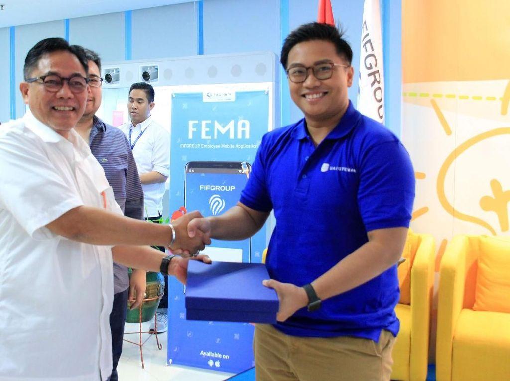 Sebagai langkah pengembangan bisnis, UangTeman juga berencana mengembangkan bisnisnya di Asia Tenggara seperti Filipina, Vietnam, dan Thailand. CEO UangTeman Aidil Zulkifli usai menjadi narasumber seputar inovasi untuk dunia bisnis dalam acara Innovation Forum. Foto: dok UangTeman