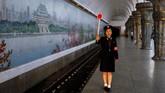 Jangan pikir Korea Utara merupakan negara yang terbelakang, karena layanan keretanya cukup mumpuni untuk digunakan sebagai alat transportasi penduduknya sehari-hari.