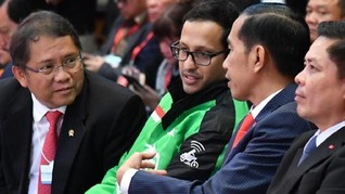 Nadiem, Jokowi dan Kesan 'Abuse of Power' SPP Pakai Gopay