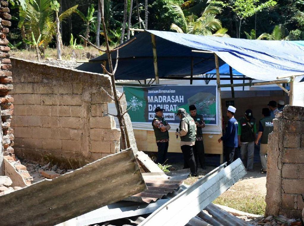 PBNU berharap dengan adanya bantuan tersebut masyarakat korban gempa lombok dapat terus menjalankan aktivitasnya. Sejak awal terjadinya gempa ratusan relawan juga sudah lebih dulu diterjunkan untuk membantu korban gempa.Foto: dok. PBNU