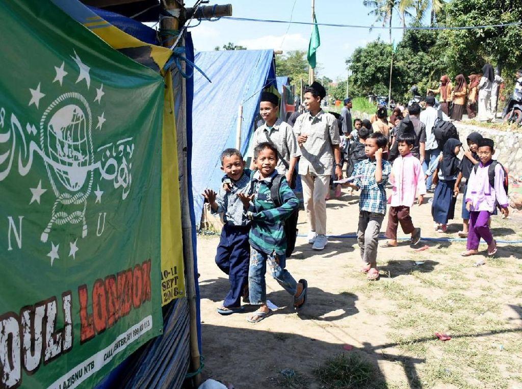 Bantuan dari PBNU itu berupa hunian sementara, sekolah sementara, masjid, sembako, pelayanan kesehatan, pelayanan psikososial, air bersih dan MCK. Foto: dok. PBNU