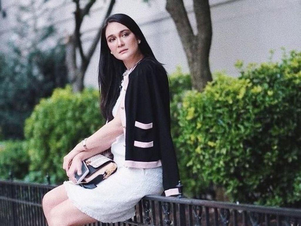 Adu Gaya Luna Maya hingga Andien di New York Fashion Week