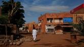 Berdasarkan sensus, populasi penduduk Bamako bertambah hingga empat kali lipat sejak pertengahan 1970an menjadi 1,8 juta jiwa pada 2009. (REUTERS/Luc Gnago)