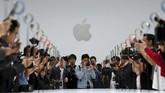 iPhone XR akan dipasarkan dengan hargamulai dari US$749 atau sekitar Rp11 juta dengan varian 64 GB, 128 GB dan 256 GB.(REUTERS/Stephen Lam)
