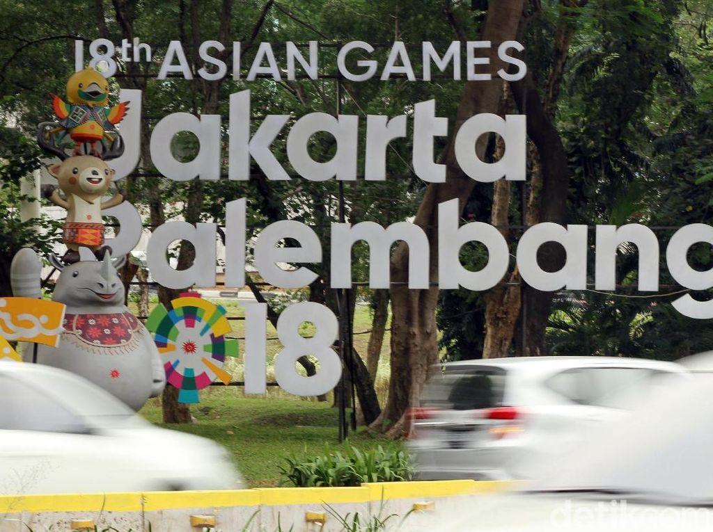 Hingga Jumat (14/9/2018) ornamen Asian games lah yang ada. Gaung Asian Para Games 2018 belum terdengar.