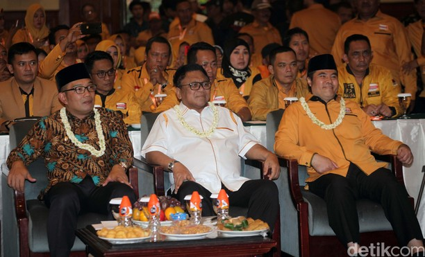 Ridwan Kamil Beri Pembekalan Caleg Hanura