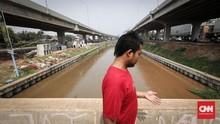 Warga Cipinang Melayu Tutup Jalan Kalimalang Karena Ada ODP
