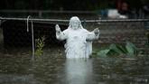 Hujan, angin, dan banjir melanda wilayah Carolina pada akhir pekan ini dibawa oleh Badai Florence yang dikategorikan sebagai hurikan level 1. Ratusan ribu orang pun harus bersiap-siap menghadapi badai ini dengan sebagian di antara mereka harus mengungsi. (Chip Somodevilla/Getty Images/AFP)