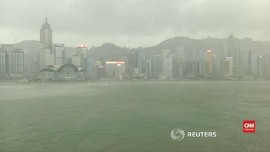 VIDEO: Badai Mangkhut Bergeser ke Hong Kong