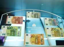Aktivitas Bisnis Zona Euro Lemah, Manuver ECB Tidak Terhenti