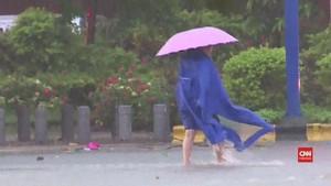 VIDEO: Warga China Takut Keluar Rumah Akibat Topan Mangkhut