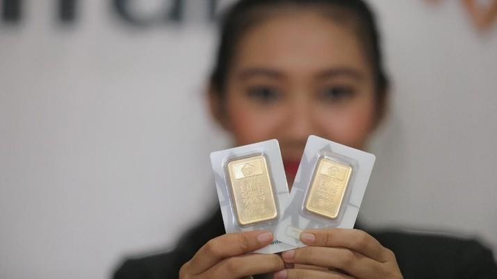 Delegasi China Mendarat di AS, Emas Antam Ambles Rp 11.000/gr
