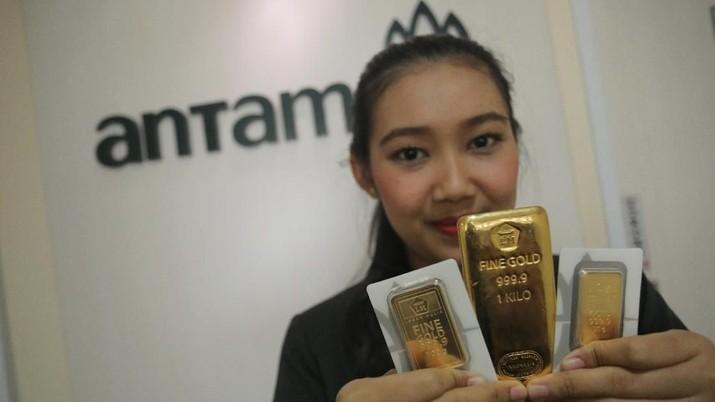Harga beli kembali (buyback) emas yang diproduksi PT Aneka Tambang Tbk (ANTM) meroket Rp 10.000.