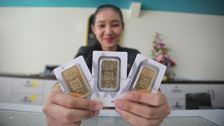 Sedang Tak Dilirik Harga Emas Antam Turun Lagi