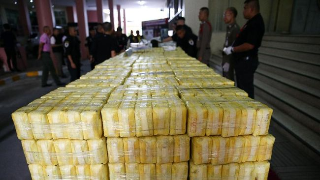 Polisi Ungkap Gudang Narkoba di Apartemen Park View Jakarta