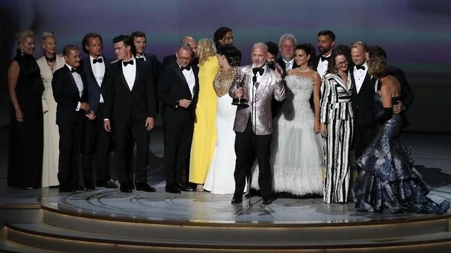 Tak disangka, serial 'The Assassination Of Gianni Versace: American Crime Story' memenangkan kategoriOutstanding Limited series. (REUTERS/Mario Anzuoni)
