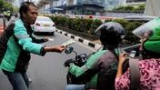 Ratusan Driver Ojek Online Geruduk Kantor Grab