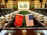 Perang Dagang Bikin AS-China Sama-sama Babak Belur!