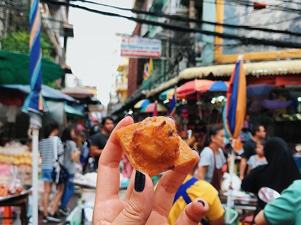 Makanan ringan di Bangkok. Foto: instagram.com/girleatworld/