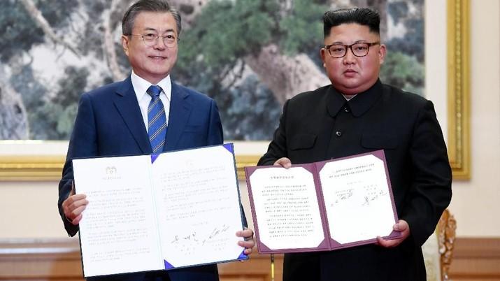 Presiden Korea Selatan Moon Jae-in menemui Presiden Amerika Serikat (AS) Donald Trump di sela-sela KTT G20 di Buenos Aires, Argentina, pekan lalu.