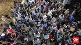 Jokowi Mulai 'Gaji Pengangguran' April 2020
