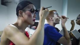 FOTO: Bertahan Jadi Drag Queen di China karena 'Kinky Boots'