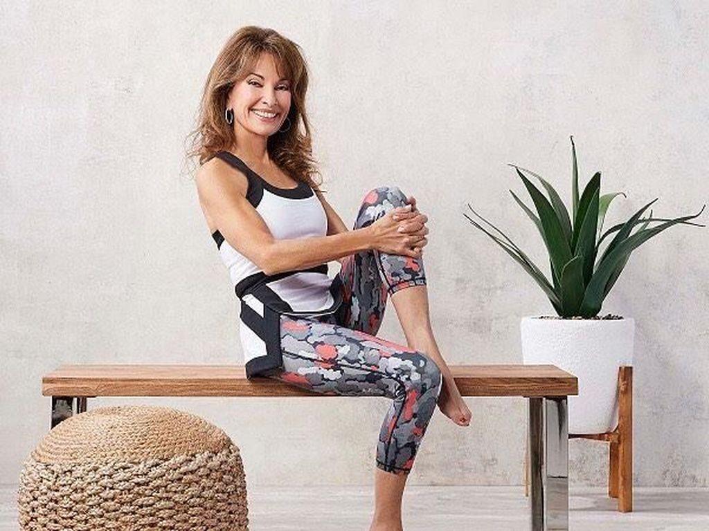 Potret Susan Lucci, Aktris 71 Tahun yang Tampil Seksi Pakai Baju Renang