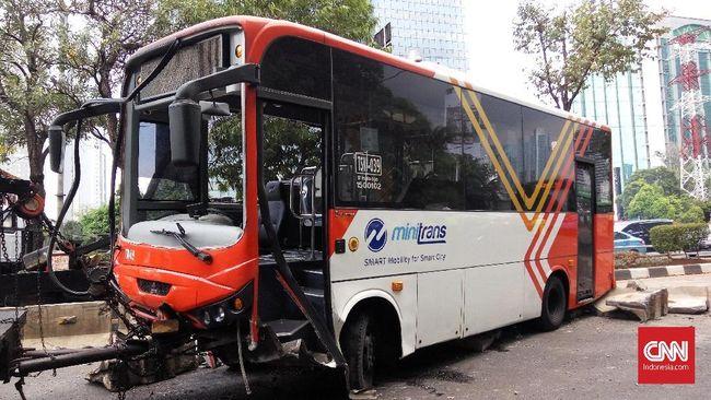 Pegawai Kemenkeu Tewas Tersenggol Bus TransJakarta