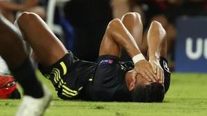FOTO: Tangis Ronaldo Usai Kartu Merah di Valencia vs Juventus