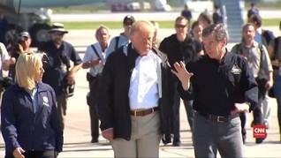 VIDEO: Dikritik, Trump Kunjungi Korban Badai Florence
