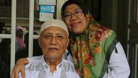 Merawat Suami Demensia di Balik Bayang-Bayang Sang Mantan