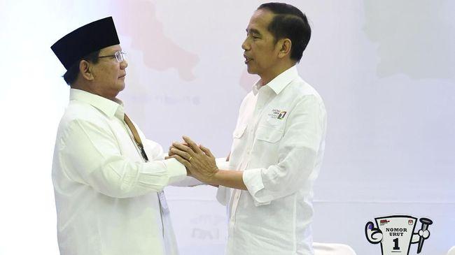 Jokowi Diunggulkan 10 Lembaga Survei, Prabowo Masih Mengekor
