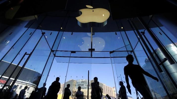 Saham Apple Anjlok 5% dan Seret Wall Street, Ini Sebabnya