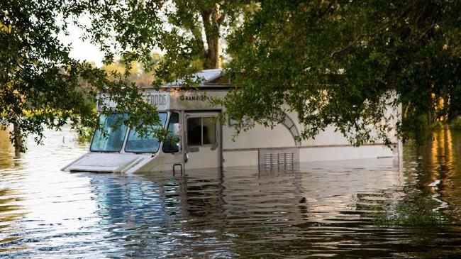 Diperkiraan keadaan akan semakin memburuk di South Carolina dalam beberapa hari ke depan. (Andrea Salgado Rivera/Handout via Reuters)