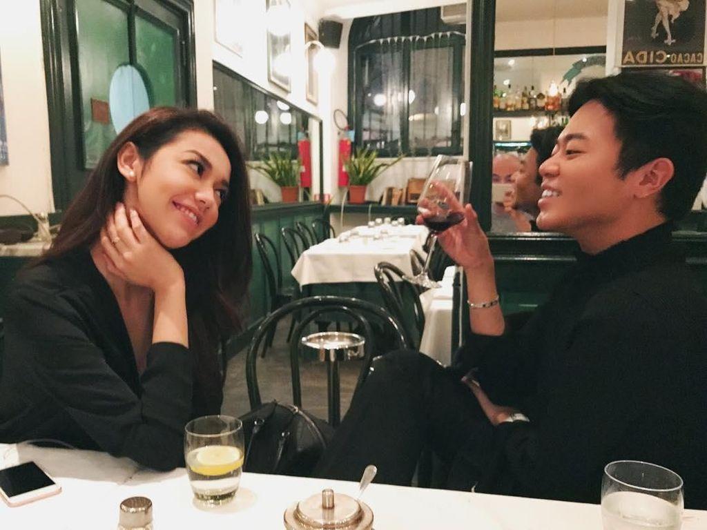 Ini Ezra Wiliiam, 'Crazy Rich Asians' Asal Indonesia yang Hobi Makan Pizza