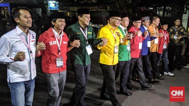 Sembilan Sekjen Partai Pengusung Jokowi Pamer Mesra di KPU