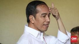 Jokowi Bungkam Saat Ditanya Aksi Guru Honorer di Depan Istana