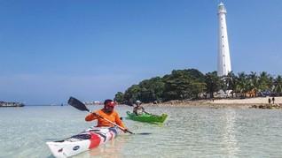 Mengarungi Lautan dengan Kayak