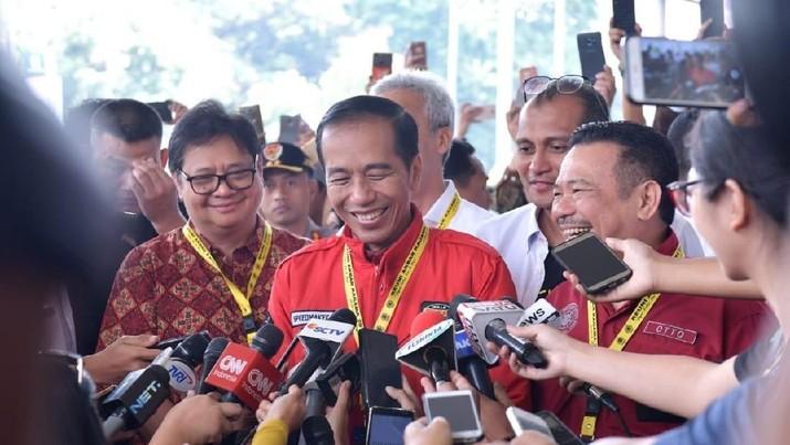 Bantah Isu Antek Asing, Jokowi Jadikan Freeport-Rokan Senjata