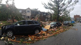 Ibu Kota Kanada Dihantam Tornado, Puluhan Orang Terluka